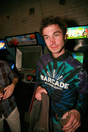 Barcade® Brooklyn Blue Tie-Dye Long Sleeve Shirt